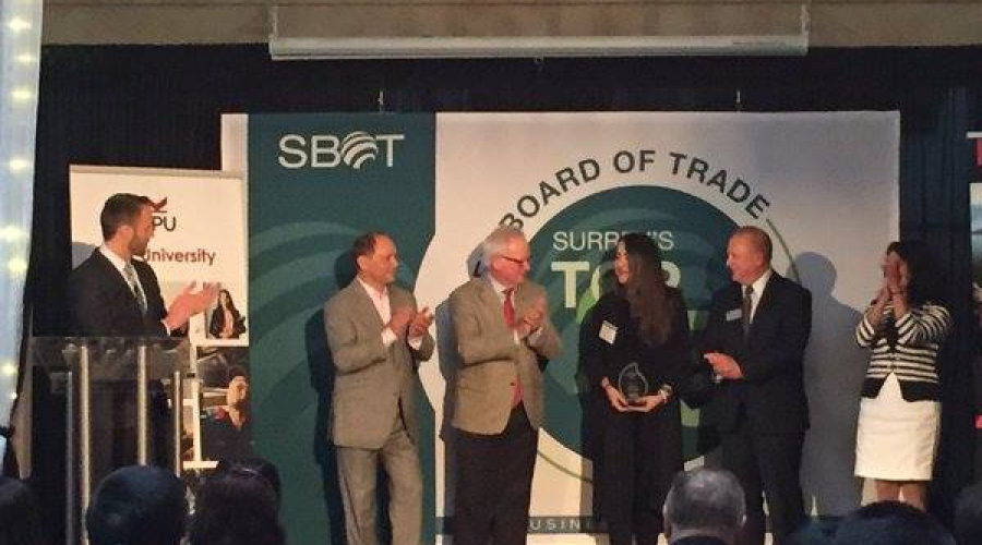 David Laulainen Presents Awards to SBOT 25U25 Winners